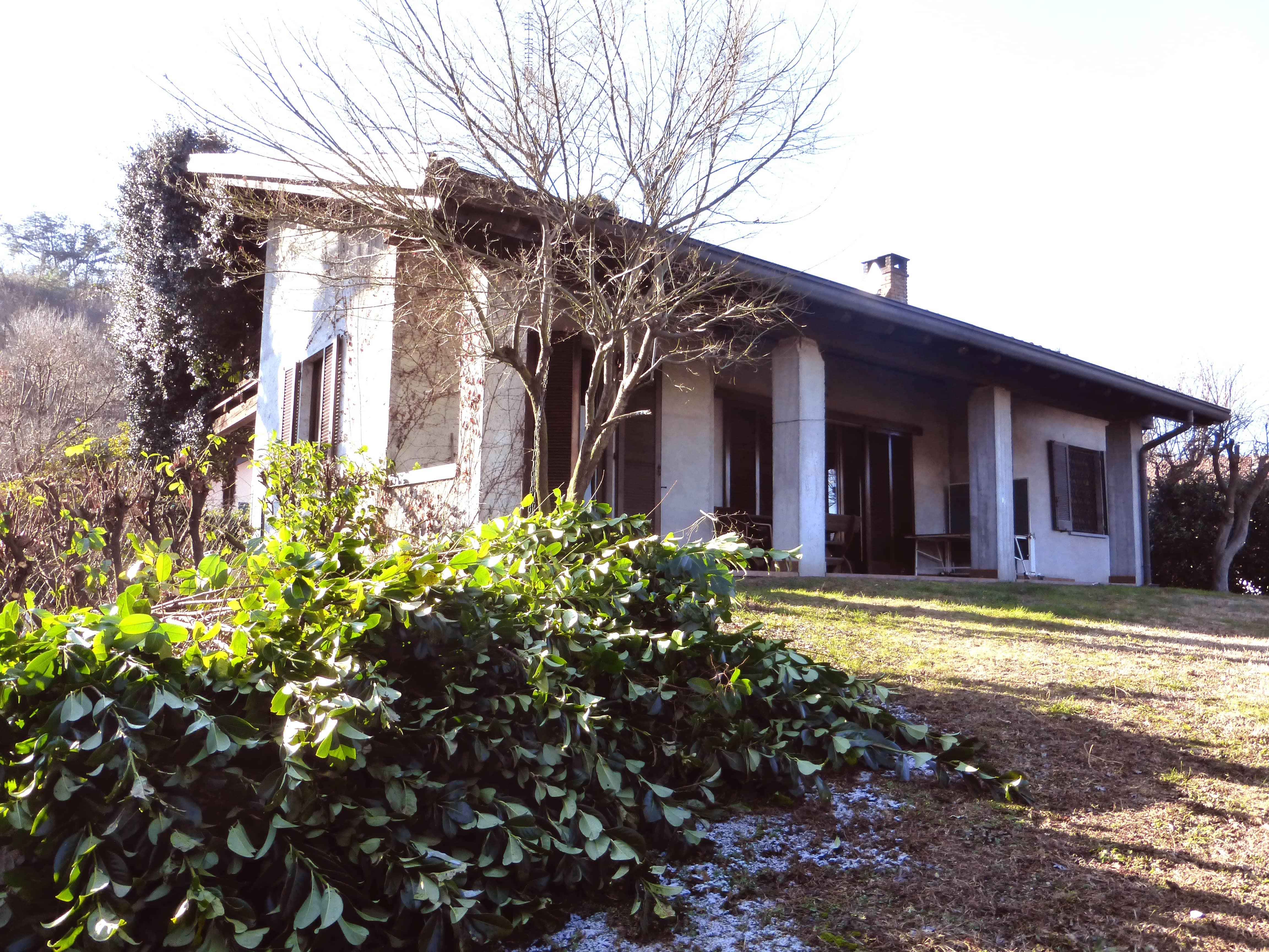 Villa unifamiliare via Uponne, Ranco